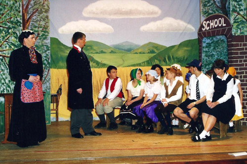 Pantomime Script: 'Goody Two Shoes' by Jackie Staite